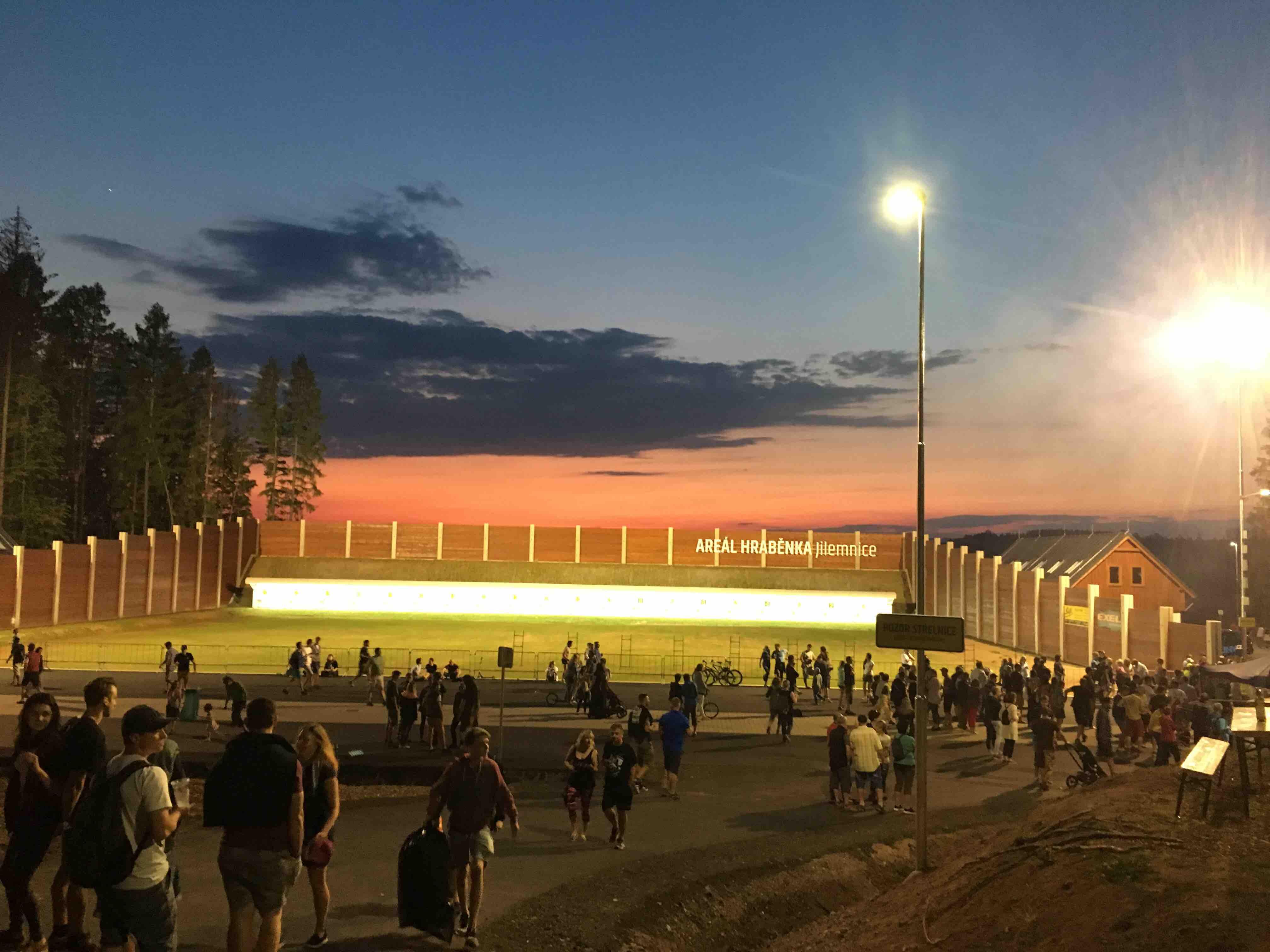 Otevírání areálu - foto Oty Šulce